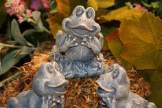 Pot Feet  Frog Toads  Set of 3 Concrete Plant Risers