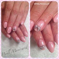 So sweet. #bows #gels #gelish #pink #pro #sparkle #prettyinpink #pretty #girly #nails #nailart #nailpro #naildiva #nailtrends #nailswag #nailgasam #nailaddict #nailartist #models #manicurist #manicure #wellmanicured #manhattanbeach #southbay #gorgeousnails #artist #creative #create #playnotwork @melmcculley #Padgram