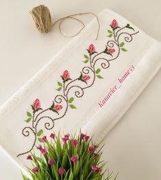 Cross Stitch Borders, Cross Stitch Patterns, Diy Box, Hand Embroidery, Sewing Projects, Diy Crafts, Floral, Punto Cruz Gratis, Cross Stitch Rose