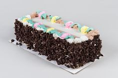 I just entered to Win a FREE Log Cake from Jeanne's Bakery in my Birthday month, you can too!