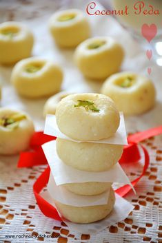 Here you will find very easy coconut peda recipe under 10 minutes. These restaurant style coconut peda are delicious dessert made on pooja / festival. Easy Indian Dessert Recipes, Indian Desserts, Indian Sweets, Desert Recipes, Indian Food Recipes, Dessert Ideas, Fudge Recipes, Sweets Recipes, Snack Recipes