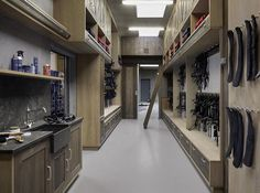 Modern tack room from oiled oak - SeBo Interior & Equipage Horse Shed, Horse Barn Plans, Horse Stalls, Horse Barns, Dream Stables, Dream Barn, Horse Tack Rooms, Equestrian Stables, Horse Barn Designs