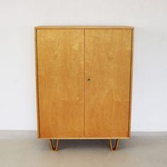 Original bowlegged UMS Pastoe cabinet, 1960s