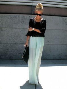 Conoce las tendencias que se imponen para esta mitad de año en cuenta a faldas se refiere. No te quedes si esta prenda básica en tu armario. ¡Tener más de una resulta ser tanto divertido como fascinante. http://www.liniofashion.com.co/linio_fashion/faldas?utm_source=pinterest_medium=socialmedia_campaign=COL_pinterest___fashion_faldas_20130903_17_sm=co.socialmedia.pinterest.COL_timeline_____fashion_20130903faldas.-.fashion