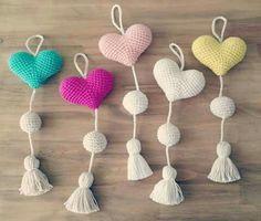 Create and Decorate: 27 DIY Christmas Lanterns Ideas To Brighten Up Your Home Love Crochet, Crochet Motif, Crochet Toys, Knit Crochet, Crochet Patterns, Crochet Parrot, Swedish Weaving Patterns, Crochet Keychain Pattern, Crochet Decoration