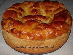 Pasca cu branza dulce-reteta traditionala - Bunătăți din bucătăria Gicuței Bagel, Pie, Easter, Bread, Desserts, Christmas, Sweets, Easy Meals, Torte