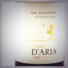 Full, yet elegant palate, hints of grapefruit on the finish – Have you tried our Songbird? A complex Sauvignon Blanc, combining aromas and flavours of green pepper, asparagus and gooseberries with tropical fruit. White Wines, Sauvignon Blanc, Have You Tried, Stuffed Green Peppers, Grapefruit, Candle Jars, Asparagus, Tropical, Elegant