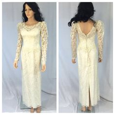 Vintage Off White Lace Wedding Dress. Long by NicoleNicoletta