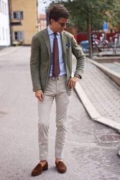 Washed green blazer, striped light blue shirt, brown suede loafer and untipped paisley tie