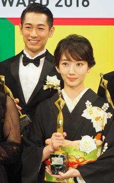 画像・写真|『東京ドラマアウォード2016』で3冠を獲得した『あさが来た』に出演していた(左から)ディーン・フジオカ、波瑠(C)ORICONNewSinc. 14枚目