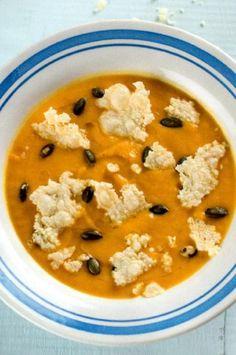 Creme de Abóbora Assada com Queijo http://mundodasreceitasbimby.blogs.sapo.pt/creme-de-abobora-assada-com-queijo-34264