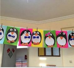 Penguin craft idea for kids Toilet paper roll penguin craft idea for kids Paper cup penguin crafts Foam penguin craft ideas Penguin craft decorations Bottle penguin craft idea for preschoolers Reycled materials penguin craft ideas Kids Learning Activities, Holiday Activities, Sensory Activities, Classroom Activities, Classroom Ideas, Kindergarten Crafts, Preschool Crafts, Preschool Winter, Toddler Crafts