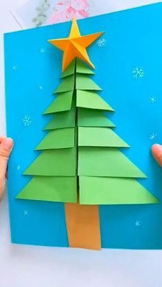 Christmas Arts And Crafts, Winter Crafts For Kids, Diy Christmas Cards, Halloween Crafts For Kids, Paper Crafts For Kids, Christmas Projects, Preschool Crafts, Kids Christmas, Holiday Crafts