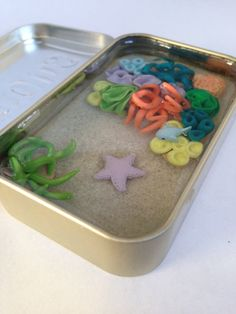 Items similar to Miniature Clay Coral Reef Tin with Blue Fish and Starfish on Etsy Sculpey Ideas, Clay Ideas, Altoids Tins, Diy Resin Crafts, Clear Resin, Preschool Crafts, Resin Art, Polymer Clay, Coral