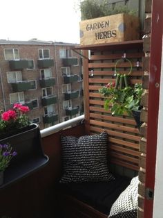 A back porch is the perfect gathering place to host a BBQ, watch a sunset or gaze at the stars. Fortunately, creating the ideal outdoor space for your small home is simpler than you may think. Whether you already have a back porch and just want to spruce Small Balcony Design, Tiny Balcony, Terrace Design, Balcony Garden, Small Balconies, Balcony Plants, Balcony Ideas, Outdoor Spaces, Outdoor Living
