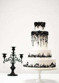 13 Enchanting Halloween Wedding Ideas