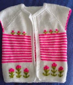 bebek yelekleri de çok şirin değil mi Free Baby Sweater Knitting Patterns, Knit Baby Sweaters, Knit Patterns, Baby Knitting, Crochet Baby, Cardigan Pattern, Baby Cardigan, Bebe Baby, Chrochet