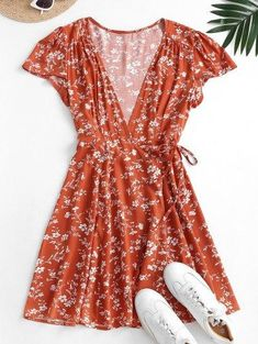 Ditsy Floral Mini Wrap Dress - Chestnut Red M Summer Dresses For Teens, Outfits For Teens, Clueless Outfits, Summer Clothes, Dress Outfits, Casual Dresses, Cute Outfits, Fashion Outfits, Casual Outfits