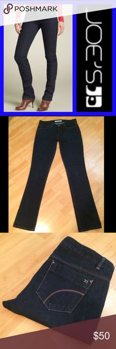 "Joes Jeans: Cigarette Fit - size 28 Cigarette fit Mulholland Wash. These are in EXCELLENT condition! Inseam: 33.5"", Rise: 8.25"", Leg opening: 14.5"". They measure 15.5""across the waist when laying flat. Material: 72% Cotton, 28% Elasterell. Joe's Jeans Jeans Straight Leg"
