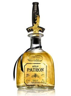 A Limited Edition 24K #Gold #Tequila - http://www.finedininglovers.com/blog/curious-bites/tequila-comes-with-a-gold-dagger-food-design/