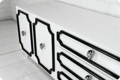 Hollywood Credenza in White and Black