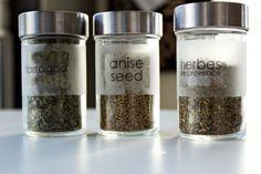 Barattolini ikea per spezie ed etichetta trasparente