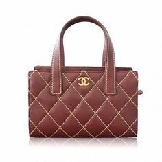 Cute Chanel Burgundy Tote Balenciaga Designer, Chanel Designer, Louis Vuitton Designer, Used Watches, Red Handbag, Beautiful Handbags, Tote Handbags, Burgundy, Shoulder Bag