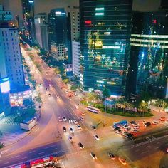 The iconic Gangnam Station intersection. Taken at the rooftop of Megabox Theater . #gangnam #seoul #south_korea