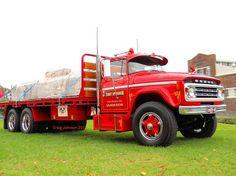 Dodge Show Trucks, Hot Rod Trucks, Big Rig Trucks, Chrysler Vehicles, Chrysler Cars, Antique Trucks, Vintage Trucks, Classic Tractor, Classic Trucks
