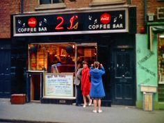 colour photographs of soho coffee bars, 1950s retronaut