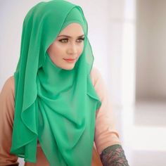 Hijab styles for short girls. In the previous old times, Hijab was known as the veil or piece of cloth which was used to cover some parts of the body but now the purpose is changed into style. We see many forms of Hijab introduced in the modern world.