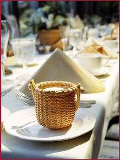 Love the Nantasket Basket wedding favor! Perfect touch for a Cape wedding. #CapeWedding