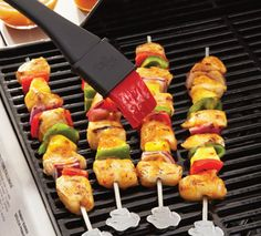 More baste, less waste! The silicone bristles in The Pampered Chef's BBQ Basting Brush have an inner fan design that holds more sauce for better food coverage