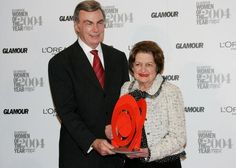 Lifetime Achievement honoree news reporter Helen Thomas poses with presenter ABC news correspondent Sam Donaldson backstage in the press room at the Glamour Magazine 2004 'Women of the Year' awards.