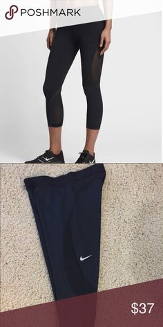 Nike Pro Hypercool Training Capris Dri Fit black Nike Capris tights size Medium - EUC WORN ONCE - mesh panels enhance breathability - drifit technology keeps you dry and comfortable - retail $70 - purchased march 2017 Nike Pants Track Pants & Joggers