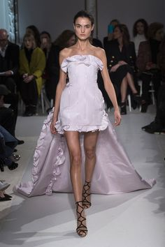 See all the best runway looks from the top haute couture collections.