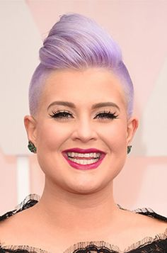 Shaved Side Hairstyles, Side Part Hairstyles, Hairstyles Haircuts, Down Hairstyles, Hairdos, Medium Hair Styles, Short Hair Styles, Blonde Updo, Loose Ponytail