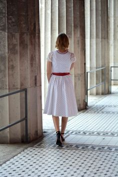 Outfit: Mein allererstes Dirndl & bayerisches Lettering Julia Trentini, Ludwig Therese, Pull & Bear, Models, Lace Skirt, Lettering, Outfit, Summer Dresses, Skirts