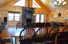 Hawksbill Retreat - The Lodge in Luray