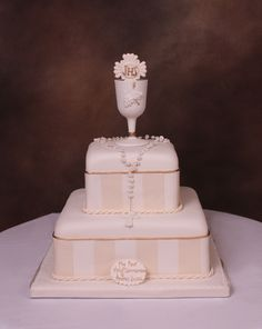 Love this cake. So clean and elegant for a first communion