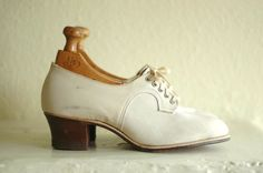 vintage 1940s shoes /  40s white suede oxfords by honeytalkvintage, $100.00