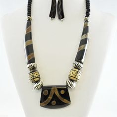 Horn Necklace  jewelry in Brown, Red - Material: Horn, Bone -  - $9 -- Features: Natural horn necklace and earring set #Necklace #Necklaces #Fashion #Jewelry #Jewels #Jewellery