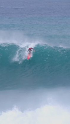 Braiden Maither surfing overhead waves in Maui, Indonesia and more. surf video created by Kamala Maither in Hawaii Usa, Maui Hawaii, Surfing Videos, Paddle Board Surfing, Female Surfers, Big Wave Surfing, Santa Barbara California, California Surf, Big Waves