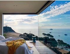 Interior design ideas, home decorating photos and pictures, home design, and contemporary world architecture new for your inspiration. Interior Design Companies, Best Interior Design, Big Windows, Corner Windows, Modern Ceiling, Australian Homes, Farmhouse Design, Beach House Decor, Home Decor Bedroom