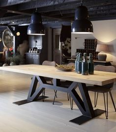 "Tafel Industriele tafel ""The Flying Dutchman"" - Oldwood - De Woonwinkel"