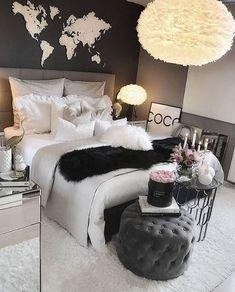 Slaapkamer met mooie verlichting