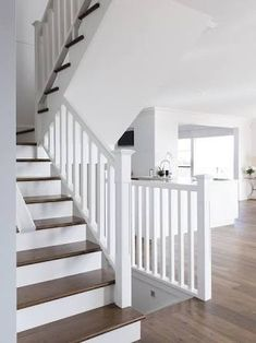 Stairs painted diy (Stairs ideas) Tags: How to Paint Stairs, Stairs painted art, painted stairs ideas, painted stairs ideas staircase makeover Stairs+painted+diy+staircase+makeover Timber Staircase, Painted Staircases, Staircase Railings, Painted Stairs, Banisters, Modern Staircase, Staircase Design, Staircase Ideas, Craftsman Staircase
