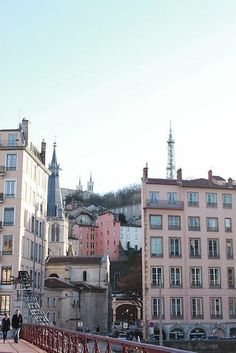 Lyon, France - French Flea Market Shopping Tips