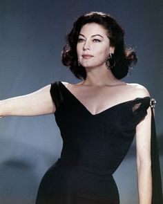 Picture of Ava Gardner   High Quality Photo  C89131