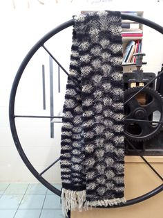 Woven with rigid heddle modules Loom Weaving, Fiber Art, Objects, Traditional, Knitting, Clothing, Fabric, Outfits, Tejido